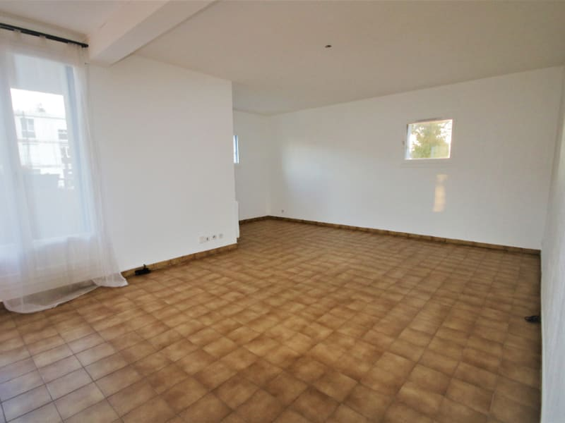 Sale apartment Aix en provence 247 000€ - Picture 2
