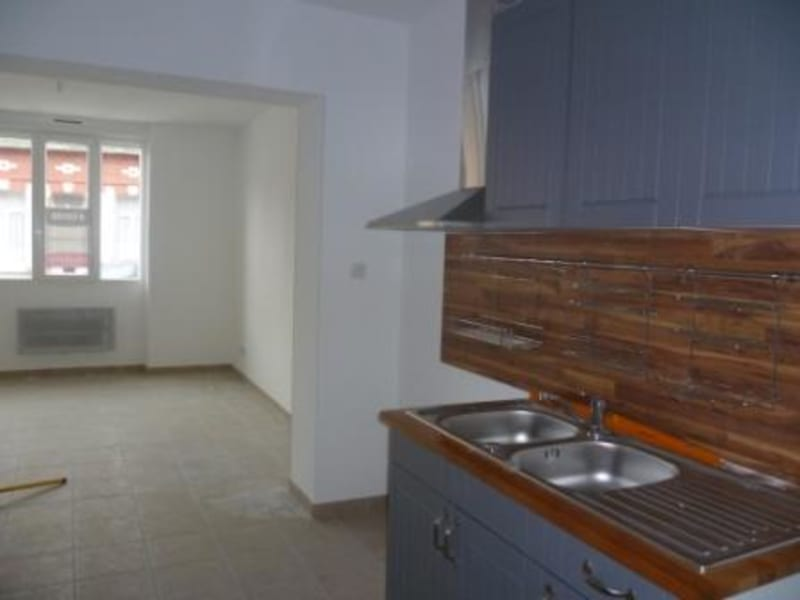 Rental apartment Saint omer 550€ CC - Picture 7