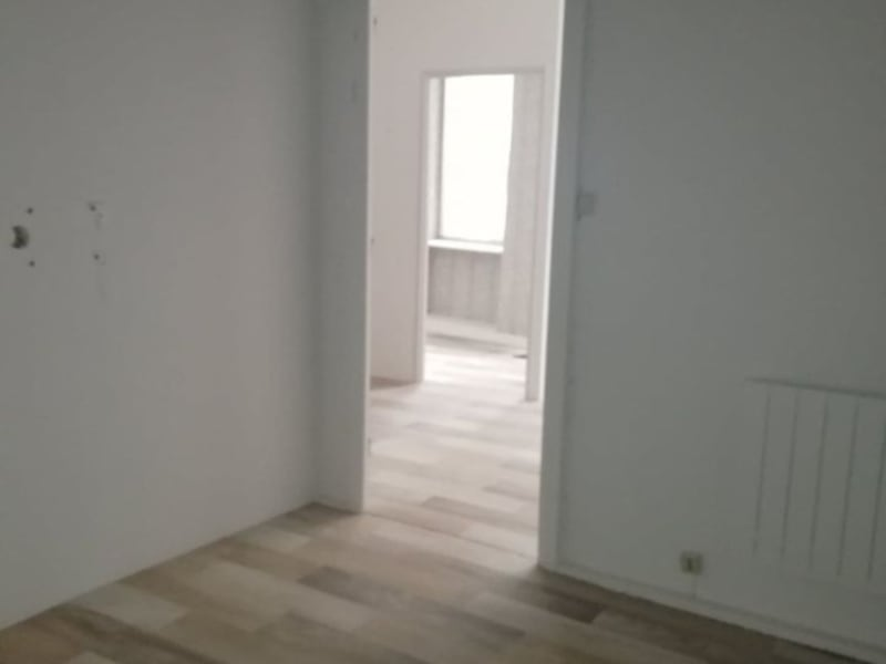 Rental empty room/storage Romans sur isere 400€ HC - Picture 2