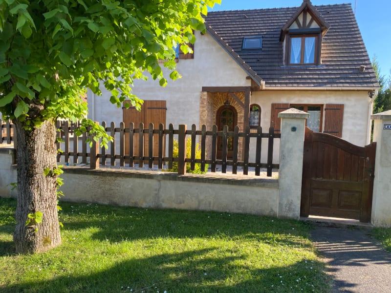 Vente maison / villa Persan 352000€ - Photo 1