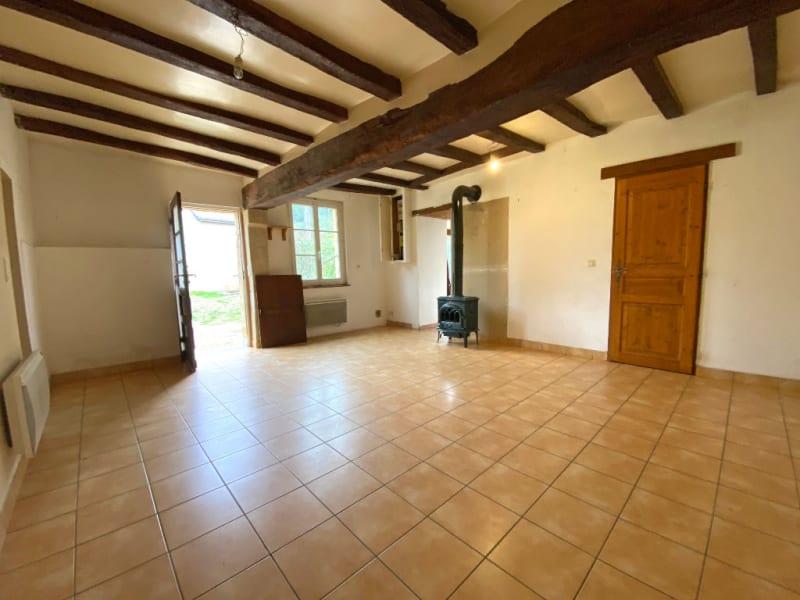 Sale house / villa La chartre sur le loir 61800€ - Picture 3