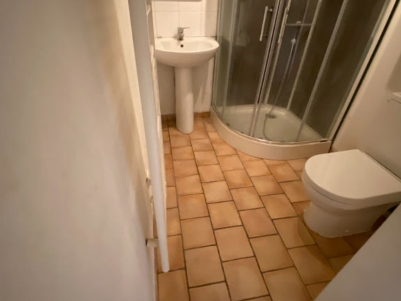 Sale house / villa La chartre sur le loir 61800€ - Picture 6