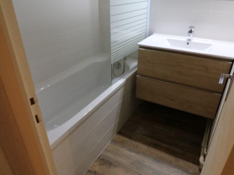Rental apartment Bonneville 690€ CC - Picture 2