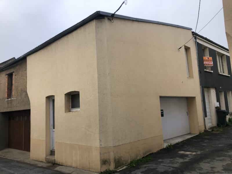 Sale house / villa Jallais 112 210€ - Picture 2