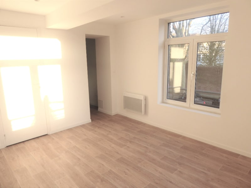 Location appartement Armentieres 474,29€ CC - Photo 1