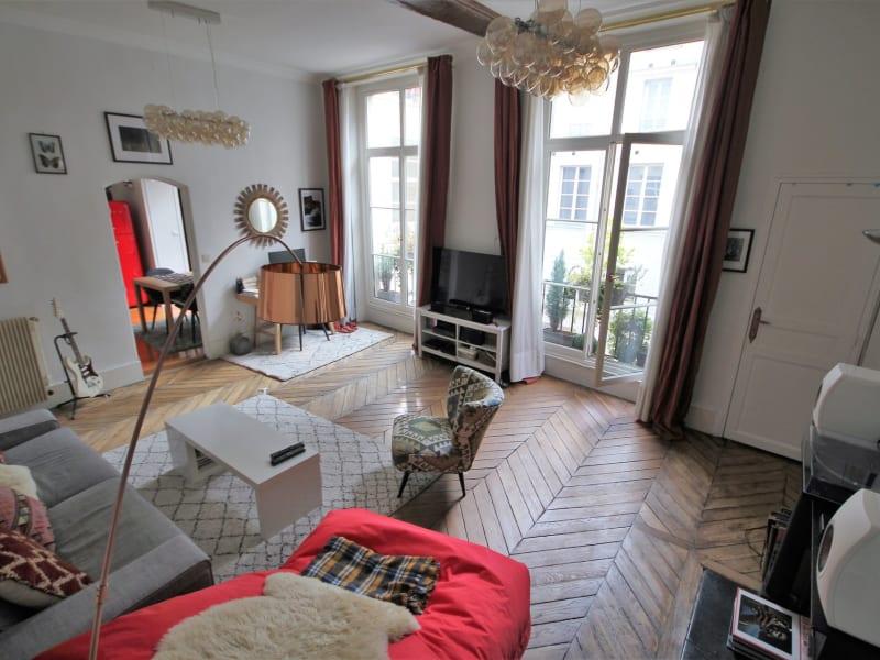 Sale apartment Paris 4ème 825000€ - Picture 1
