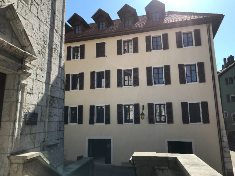 Sale apartment Annecy 858 000€ - Picture 1