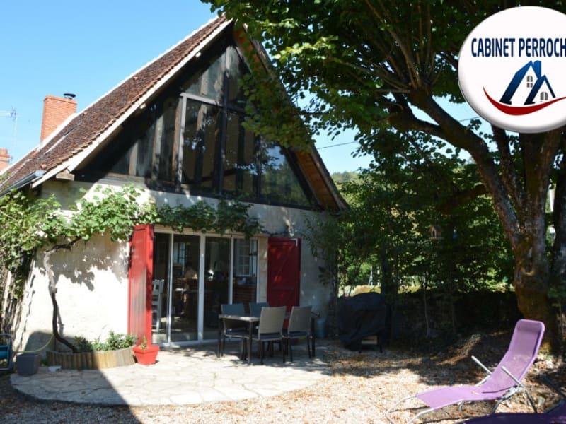 Sale house / villa La chartre sur le loir 162000€ - Picture 1