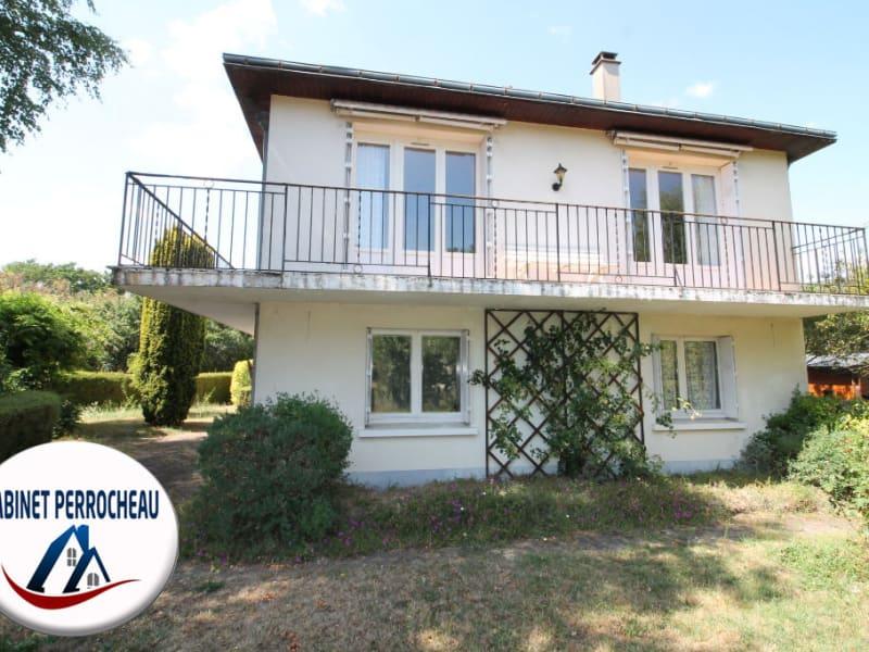 Sale house / villa La chartre sur le loir 115500€ - Picture 1