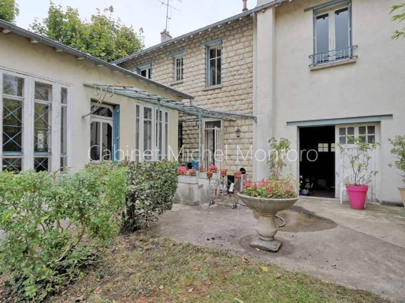 Sale house / villa Saint germain en laye 1750000€ - Picture 2