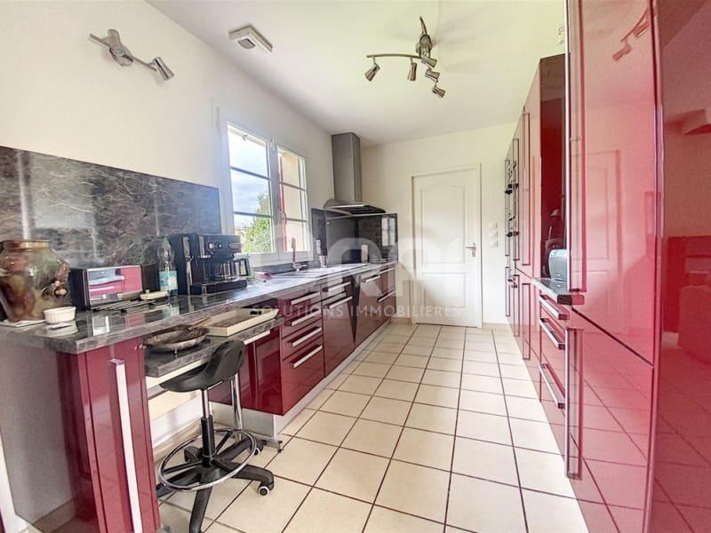 Sale house / villa Les andelys 236000€ - Picture 2