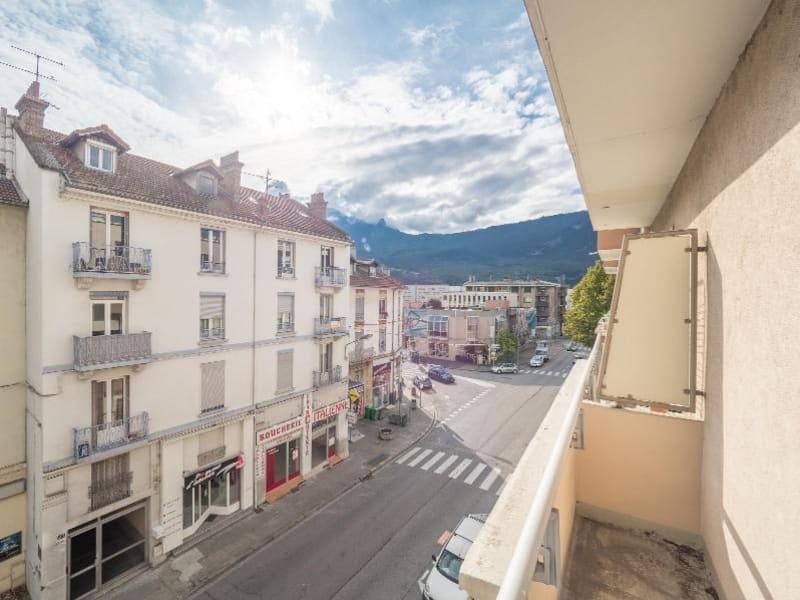Location appartement Fontaine 620€ CC - Photo 8