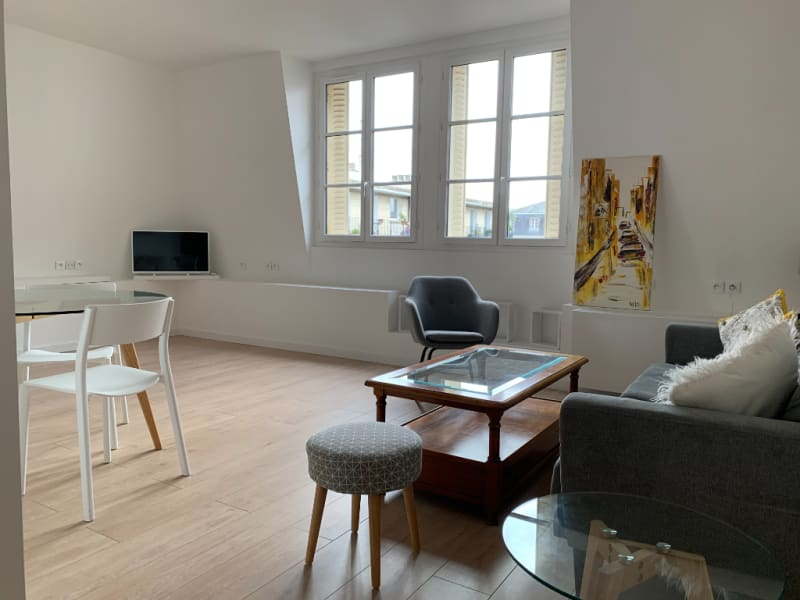Rental apartment Saint germain en laye 2 600€ CC - Picture 1