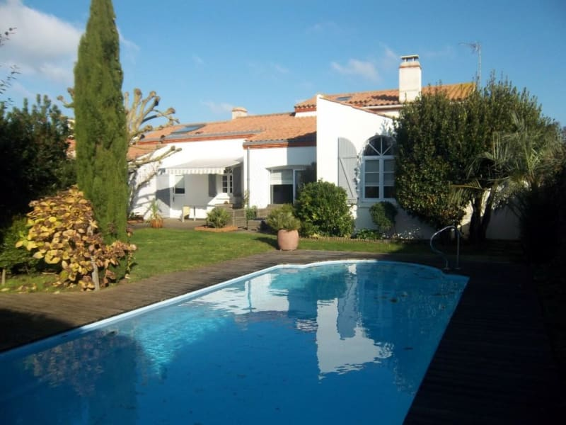 Sale house / villa Les sables-d'olonne 780 000€ - Picture 1