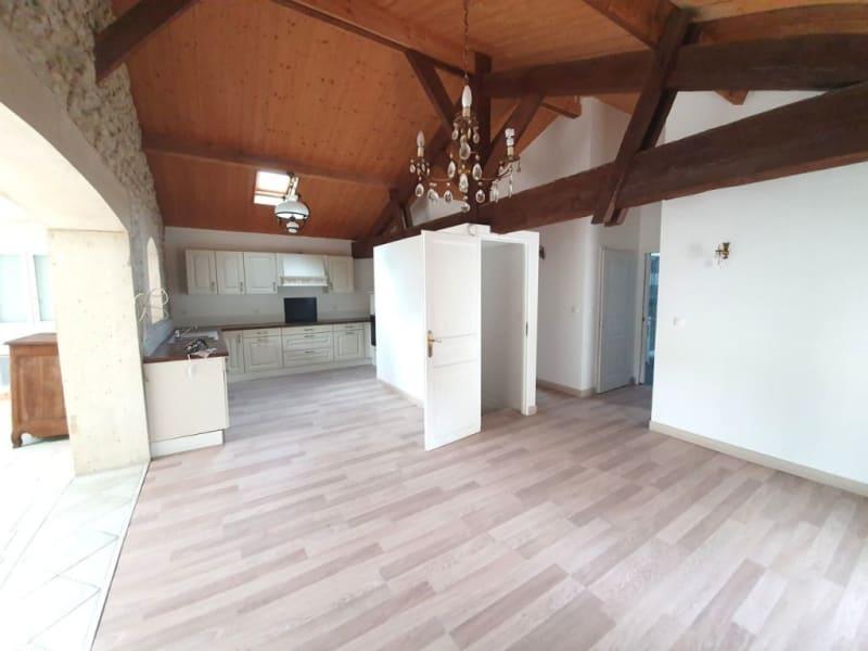 Sale house / villa Barbezieux-saint-hilaire 171500€ - Picture 2