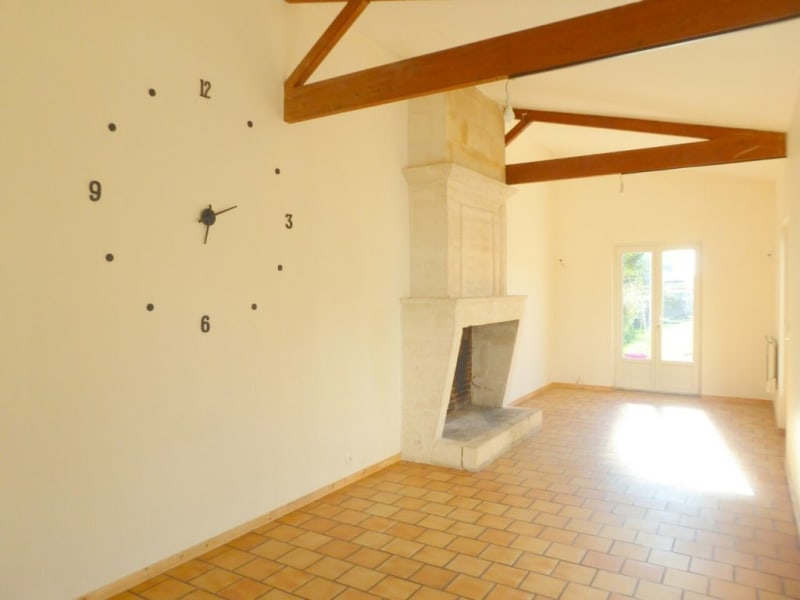 Sale house / villa Burie 128 160€ - Picture 9