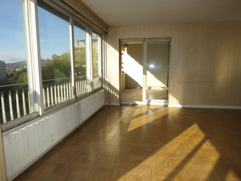 Sale apartment Lyon 4ème 570 000€ - Picture 2