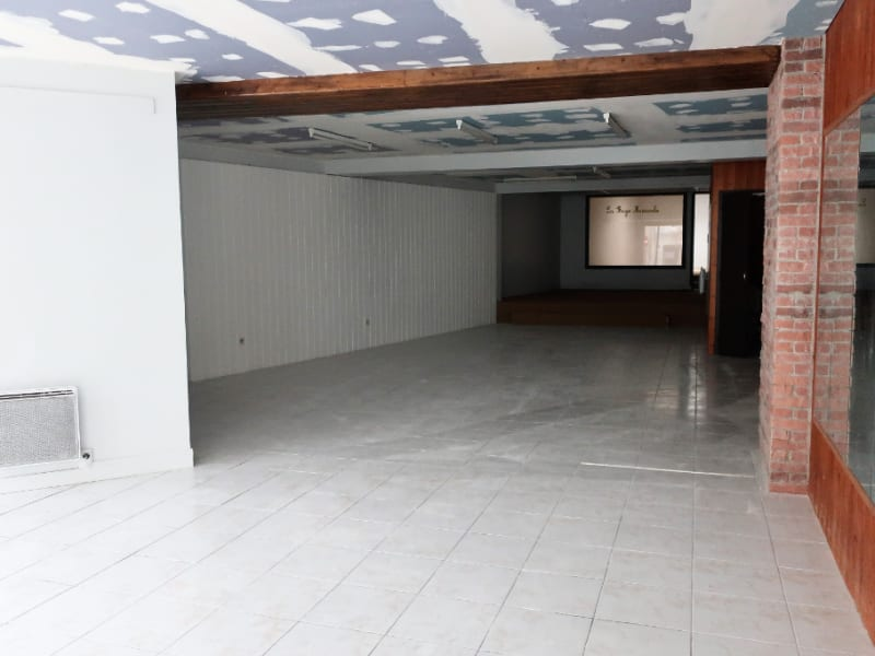 Location local commercial Quimperle 350€ HC - Photo 3