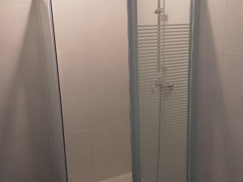 Location appartement Saint priest 790€ CC - Photo 5