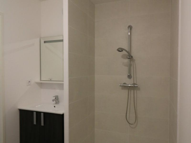 Rental apartment Bonneville 585€ CC - Picture 3