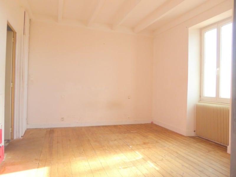 Vente maison / villa Burie 128160€ - Photo 17