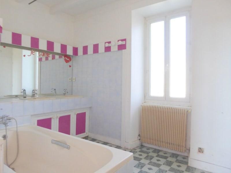 Vente maison / villa Burie 128160€ - Photo 18