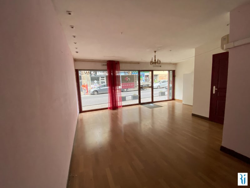 Location local commercial Rouen 1 541,33€ CC - Photo 3