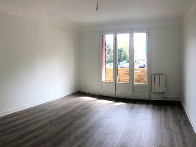 Rental apartment Annecy 930€ CC - Picture 1