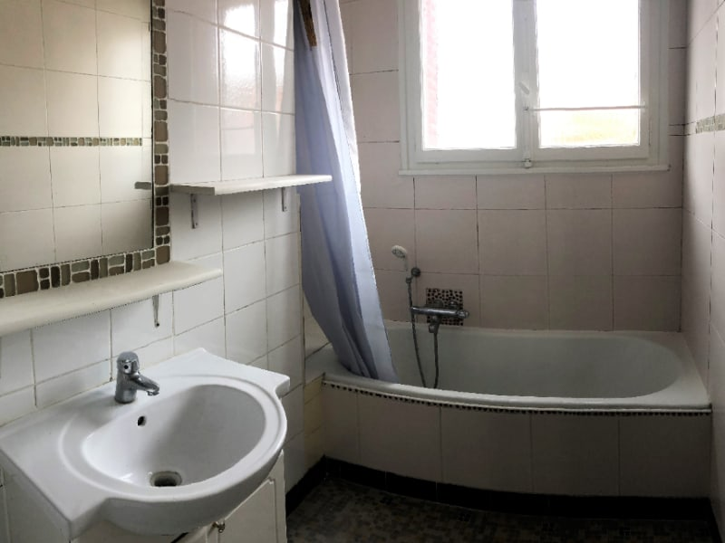 Rental apartment Annecy 930€ CC - Picture 4