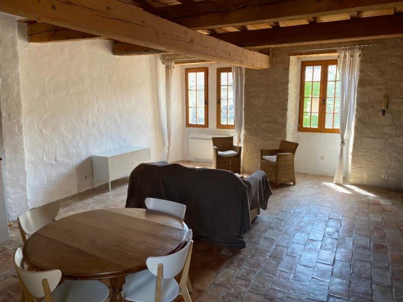 Location appartement Villeneuve les avignon 850€ CC - Photo 2