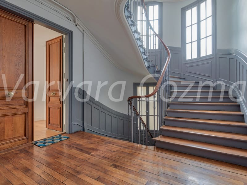 Location appartement Paris 3ème 4 250€ CC - Photo 11