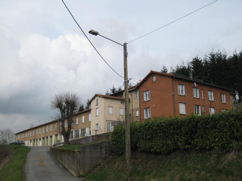 Location appartement Violay 495€ CC - Photo 1
