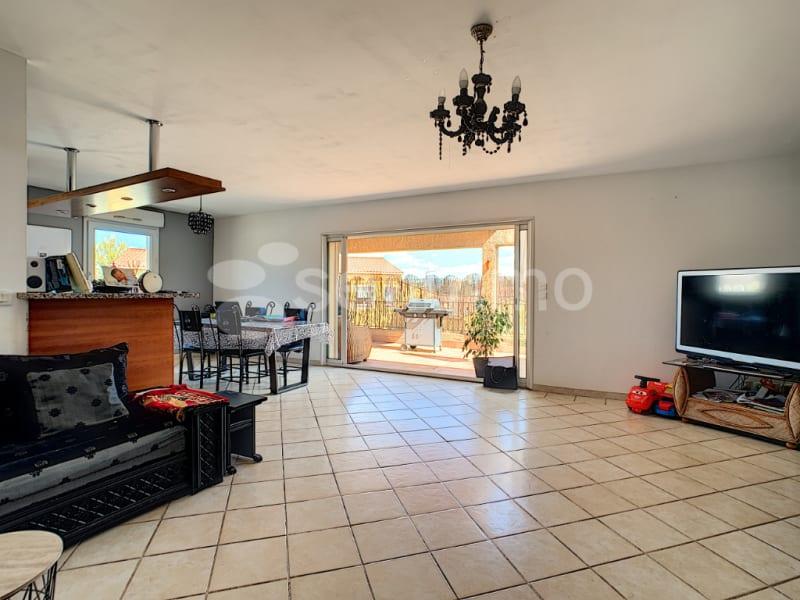 Rental apartment Gardanne 1310€ CC - Picture 2