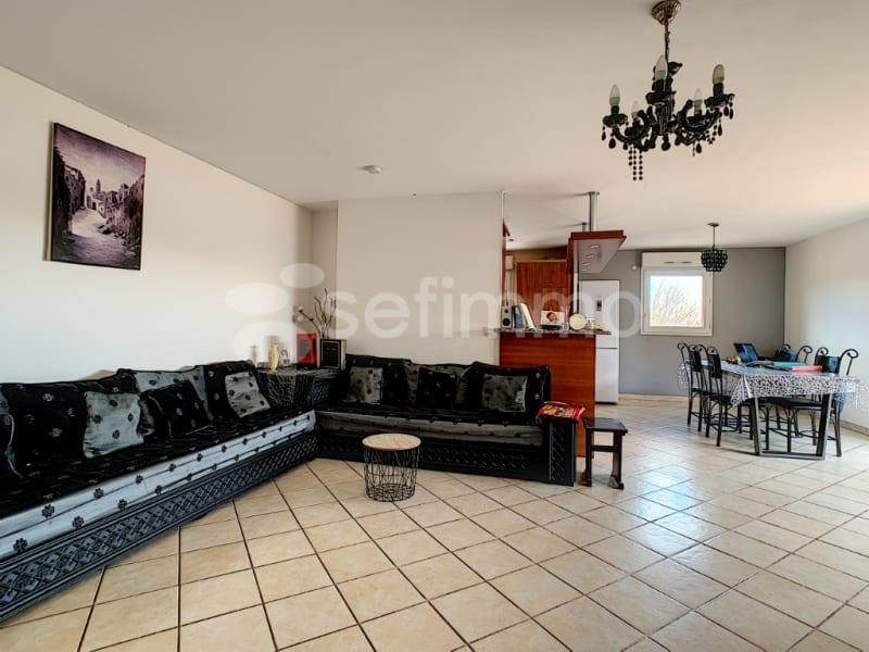 Rental apartment Gardanne 1310€ CC - Picture 3