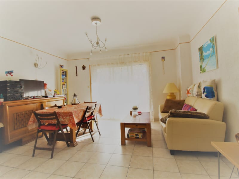 Vente appartement Hyeres 199 000€ - Photo 2