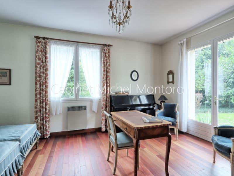 Sale house / villa Louveciennes 1690000€ - Picture 9