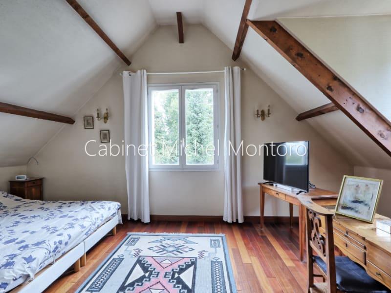 Sale house / villa Louveciennes 1690000€ - Picture 11
