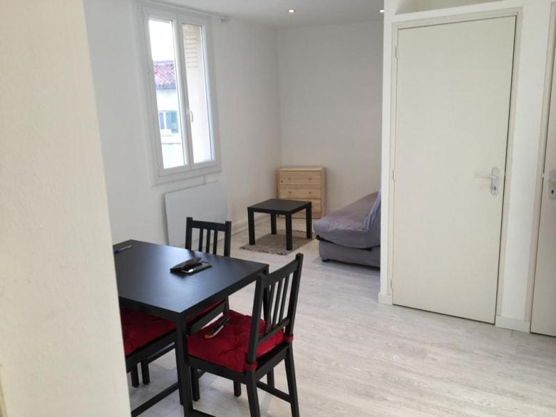 Location appartement Toulon 535€ CC - Photo 5