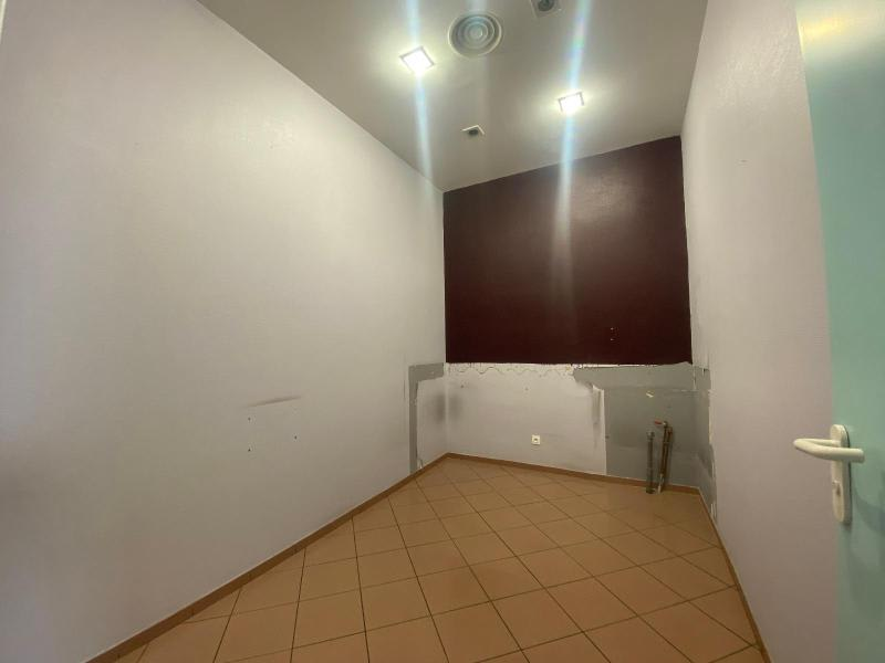Location local commercial Villefranche sur saone 1 000€ HC - Photo 8