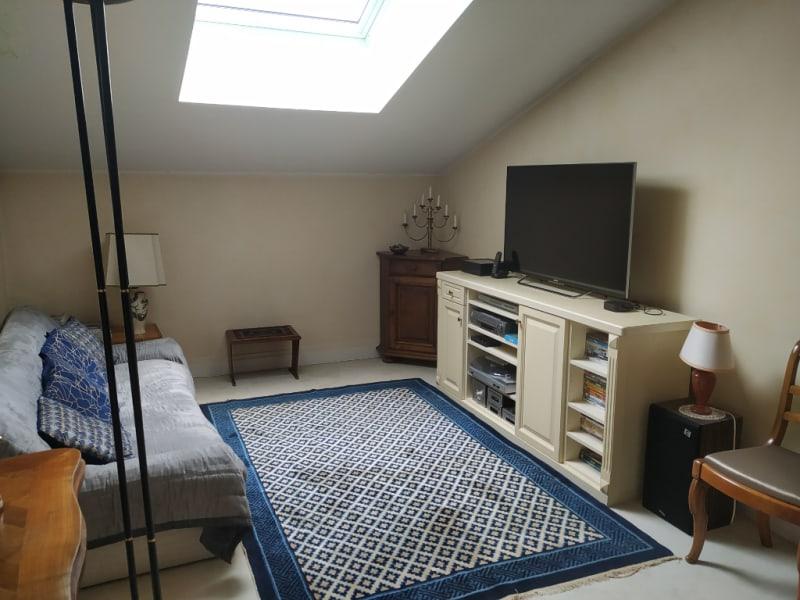 Sale apartment Louveciennes 876000€ - Picture 9