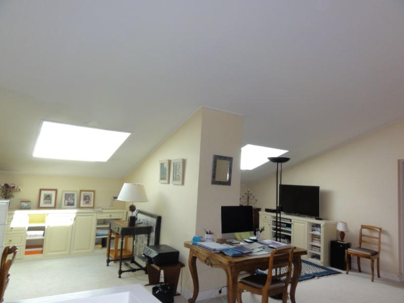 Sale apartment Louveciennes 876000€ - Picture 10