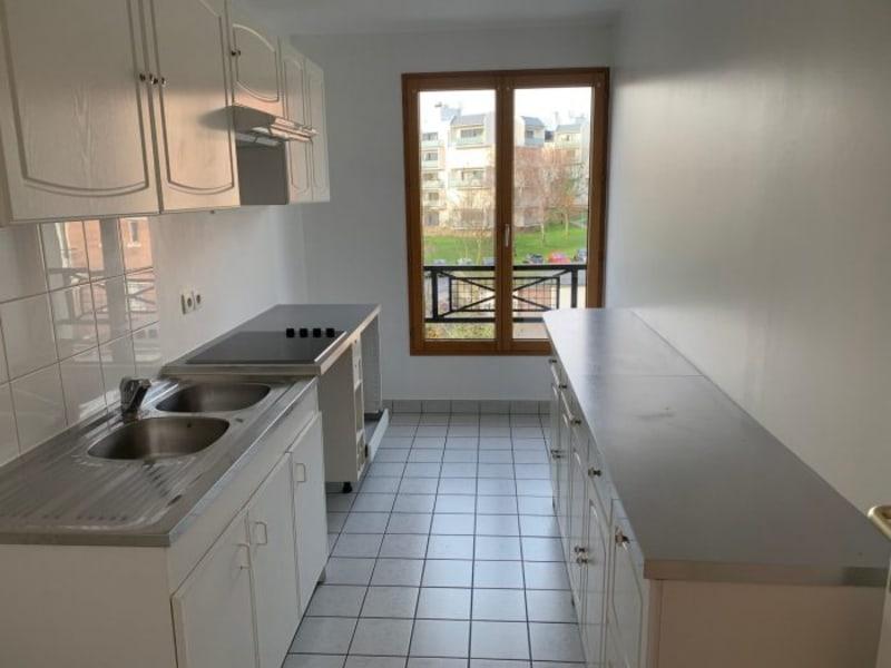 Rental apartment Le plessis-robinson 1350€ CC - Picture 3