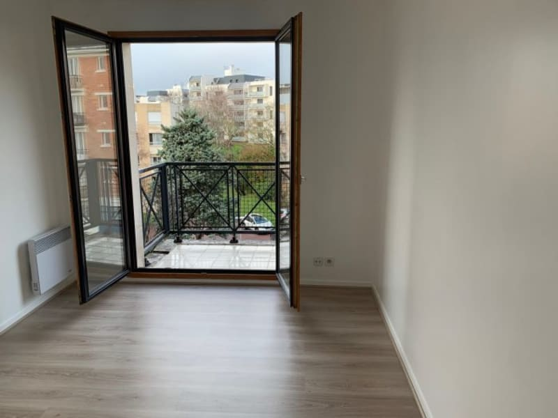 Rental apartment Le plessis-robinson 1350€ CC - Picture 5