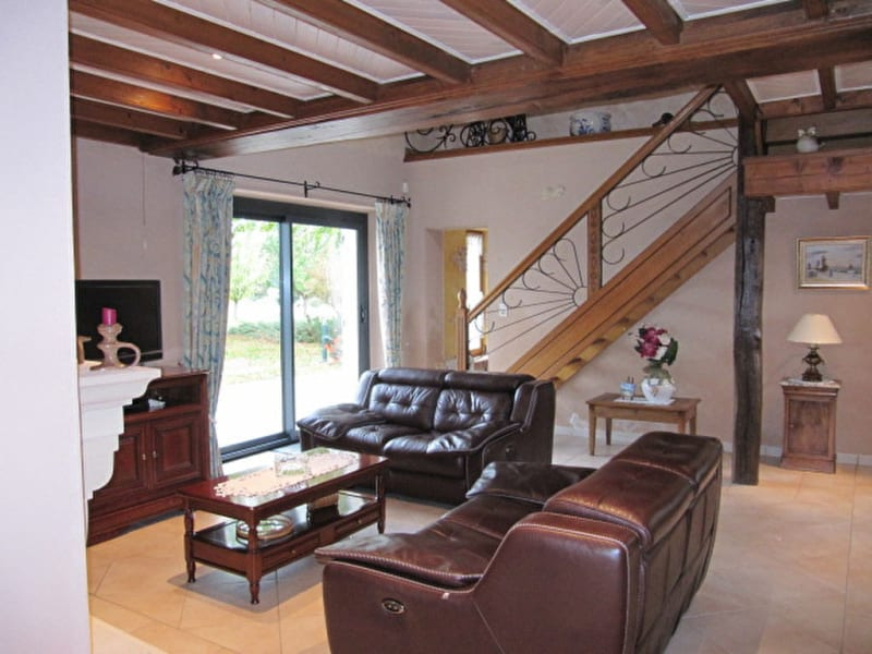 Sale house / villa Marcon 254400€ - Picture 5