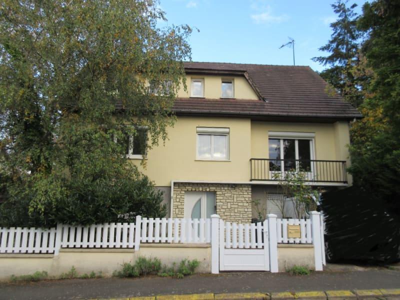 Sale house / villa Mainvilliers 370000€ - Picture 1