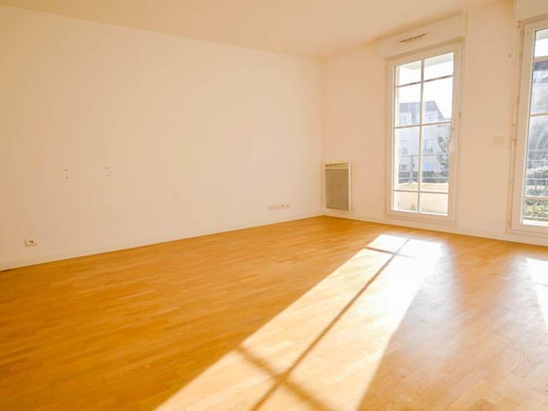Sale apartment Les clayes sous bois 279000€ - Picture 2