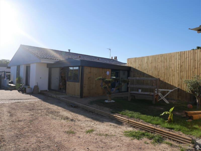 Sale house / villa Les sables d olonne 593500€ - Picture 1