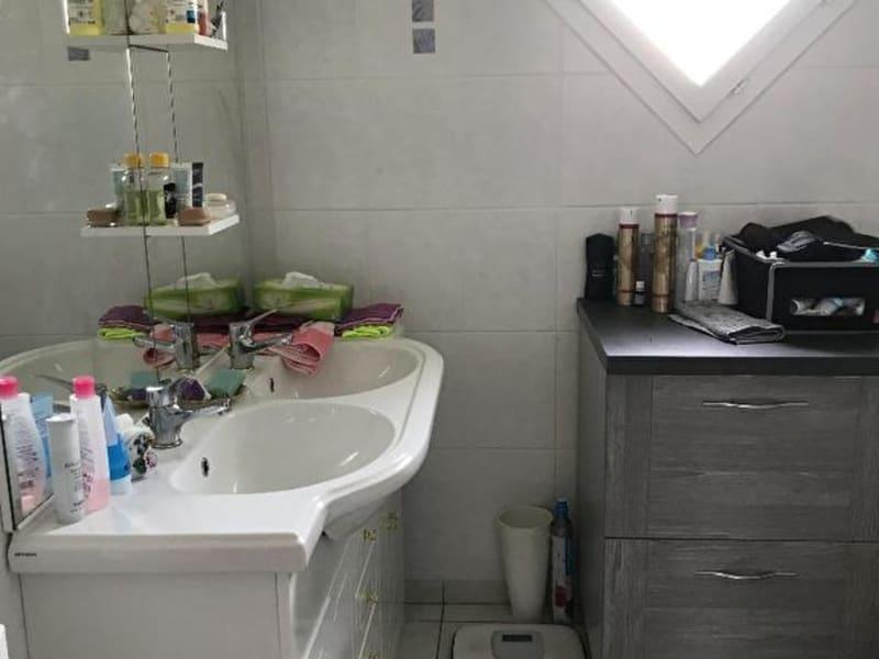 Sale house / villa Juigne sur sarthe 157200€ - Picture 5