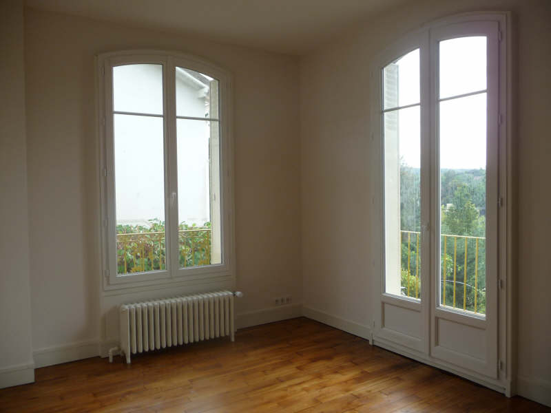 Location maison / villa St germain en laye 1540€ CC - Photo 2