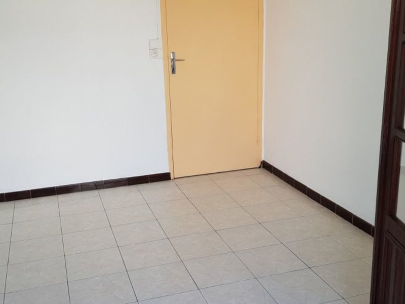 Location appartement St andre 525€ CC - Photo 1